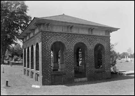 southern alabama grave houses grave shleters genealogy