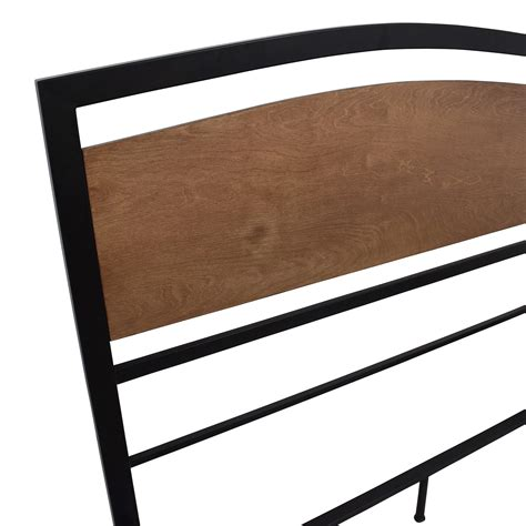 sleepys bed frame bed frame sleepys 70 sleepy s sleepy s wooden bed frame