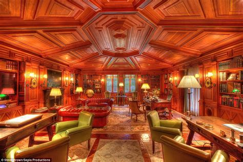 Floor Rugs Online India by Inside The 53million California Mansion Designed By A