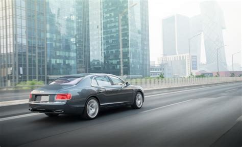 who makes bentley motor cars new flying spur v8 makes debut for bentley in moscow