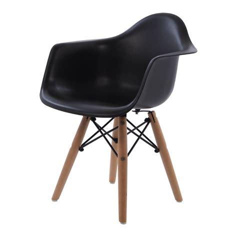 Eames Kinderstuhl by Charles Eames Kinderstuhl Daw Junior Design Kinderstuhl