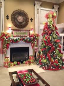 35 christmas d 233 cor ideas in traditional red and green digsdigs