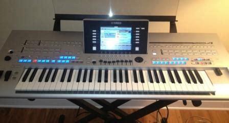 Keyboard Yamaha Tyros 4 yamaha tyros 4 image 514450 audiofanzine