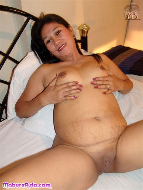 older Bbw mature Asian Showing Off Her Fat Naked Ass Thats Ready To Be Entered