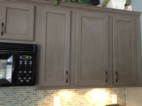 Glaze Finish Kitchen Cabinets Federal Gray With Glaze 2 Cabinet Girls
