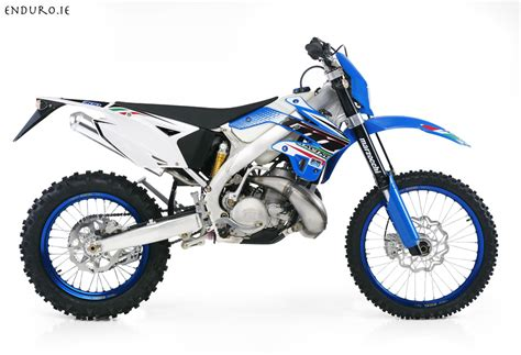 4t motocross gear test ride 2012 tm 300 en enduro racing in
