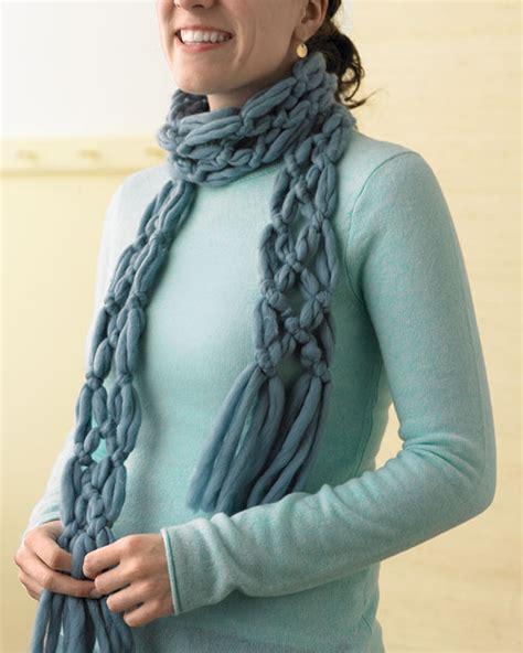 knitting patterns scarf tutorial finger knitting scarf pattern a knitting blog