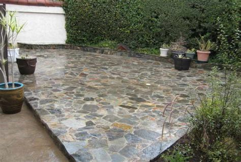 Installing Flagstone Patio by Bloombety Installing Flagstone With Plant Vines Tips For