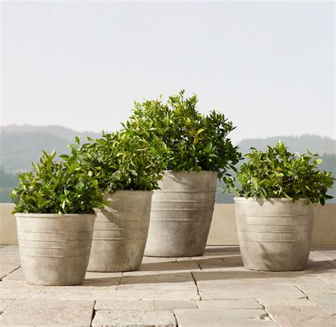 Outdoor Planters 32 Stylish Outdoor Planters To Perk Up Your Garden Or