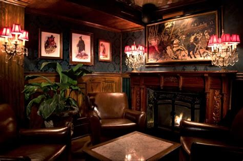 Fireplace Bars Nyc by 10 Nyc Bars With Fireplaces Where You Can Wait Out The Upcoming Snowstorm Gramercy New York