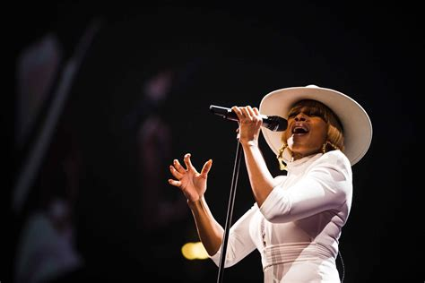 amp adds mary  blige zac brown band   lineup