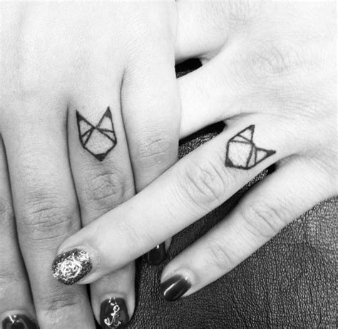 geometric tattoo finger 21 small fox tattoo ideas for women styleoholic