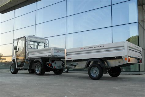 electric utility vehicles vehicle with utility trailer