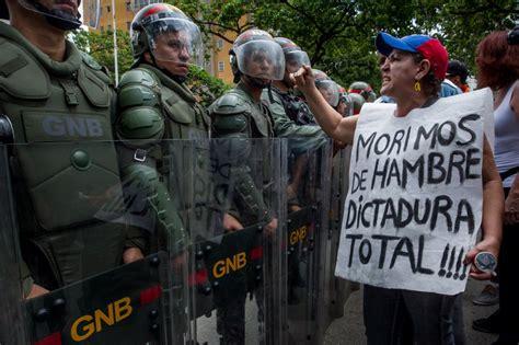 imagenes de protestas en venezuela hoy aumento de represi 243 n enfrenta a maduro con sus propios