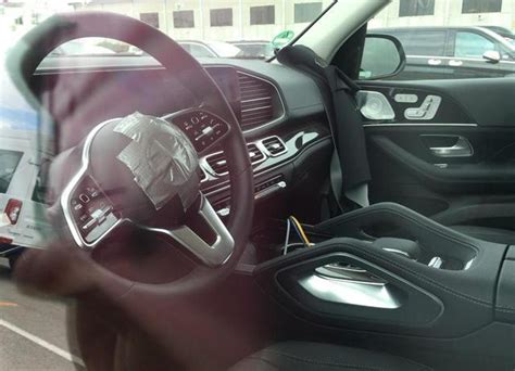 Mercedes Gle 2019 Interior by India Bound 2019 Mercedes Gle Shows Its Modern Interior