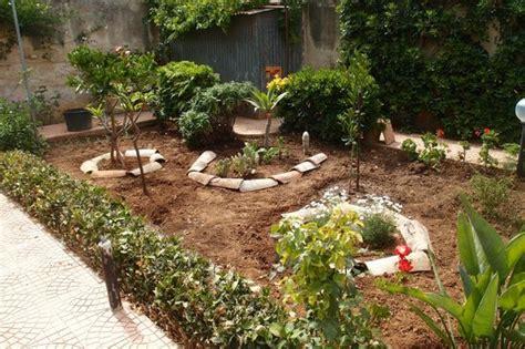 giardino sempre fiorito il giardino sempre curato foto di all angolo fiorito