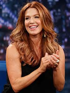 poppy montgomery: violet's name not meant to follow family