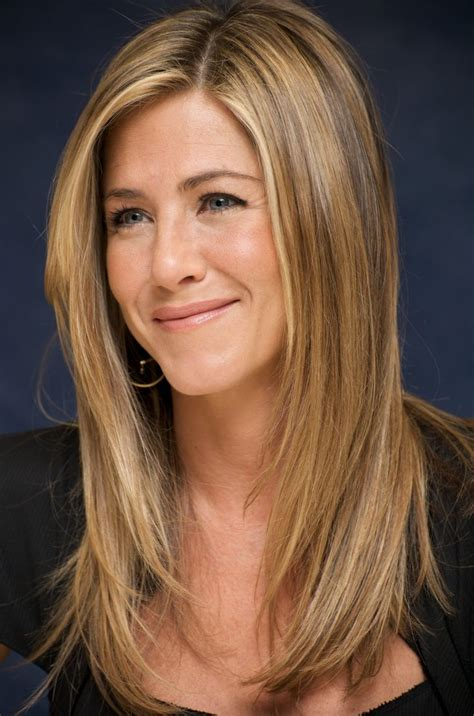 pin by jennifer farms on hair strictly pinterest jennifer aniston jennifer aniston leaked wallpapers
