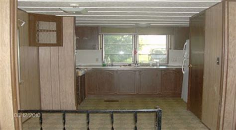 1970s mobile home interior pictures to pin on pinterest live in a 1978 homette single wide mobile home this is