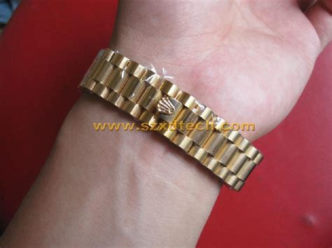 Aigner Date Fullgold Chain Jpg replica rolex with golden and