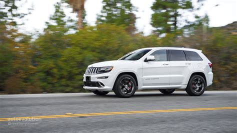 trailhawk jeep srt 2014 jeep grand srt review autoevolution
