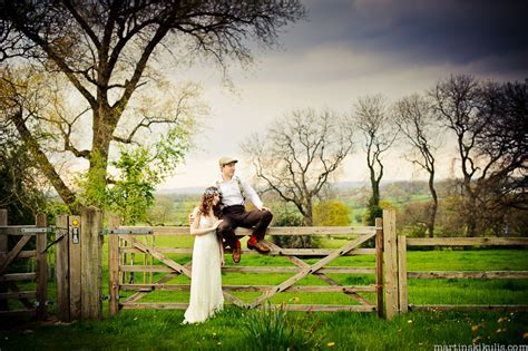 Hilltop Country House Wedding Photography   Top Fine Art