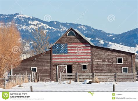 scheune usa barn with american flag stock photo image of nature
