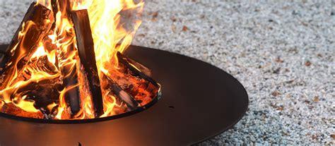 aussen feuerstelle moderne feuerstellen radius design