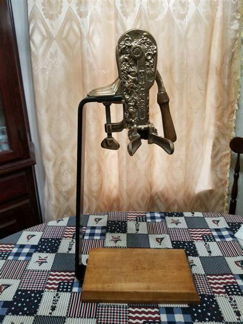 vintners reserve wine opener cork screw table stand bottle