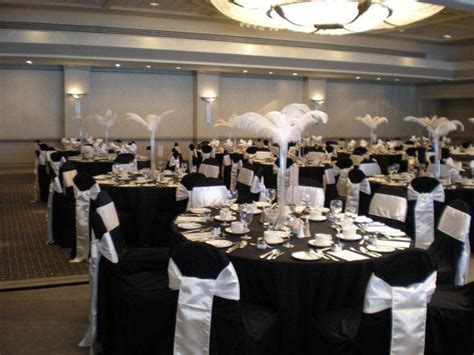 Black And White Wedding Decor by 35 Black And White Wedding Table Settings Table