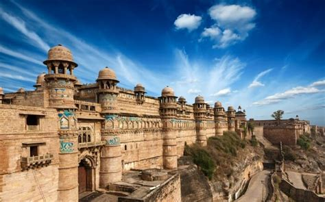 regal forts  india   popular tourist attractions
