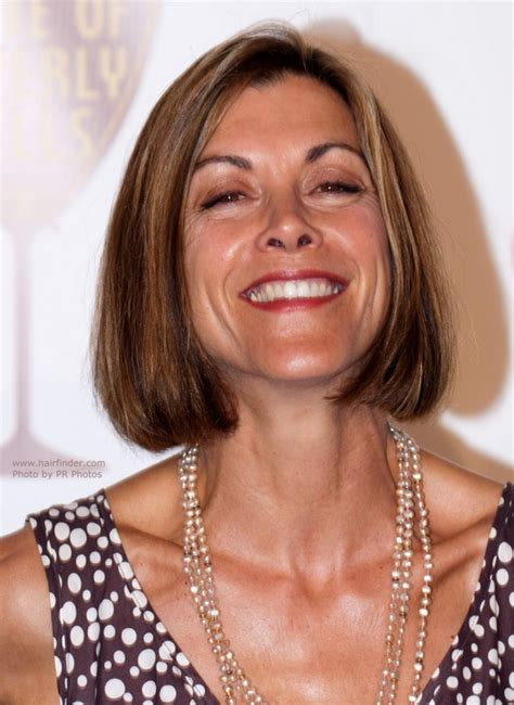 wendy malick hairstyles wendie malick midway around the neck bob hairstyle