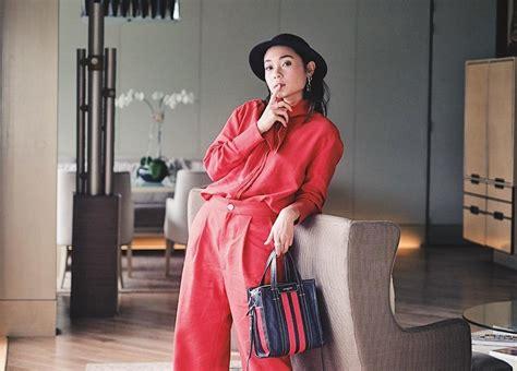 pilihan warna terang  wajib dimilki fashionista