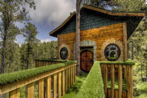 membuat rumah hobbit ternyata rumah hobbit tak hanya di selandia baru