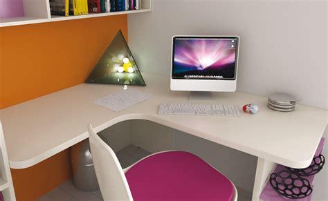 scrivanie per pc fissi simple scrivania pe with scrivanie