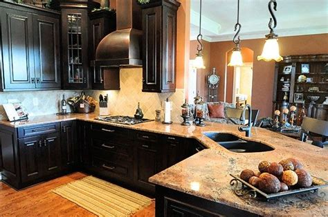 dark kitchen cabinets with light granite 1000 images about kitchen on pinterest islands