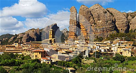 aguero is a municipality located 43 kilometers from huesca