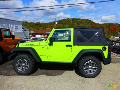 green jeep rubicon gecko green 2013 jeep wrangler rubicon 4x4 exterior photo