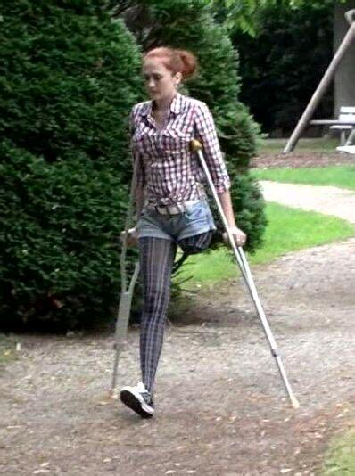 photos utee woman es mamo1leg 28 best sak images on pinterest wheelchairs crutch and