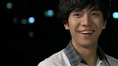 lee seung gi football lee seung gi discharged from military sbs popasia
