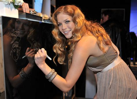 the real reason rachelle lefevre was fired from twilight rachelle lefevre to play hippie doctor in new tv show