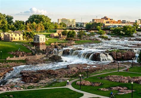 garden sioux falls sd falls park south dakota travel tourism site
