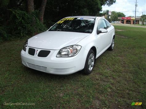 white pontiac g5 for sale used cars on buysellsearch 2009 pontiac g5 in summit white photo 2 262982 jax sports cars cars for sale in florida