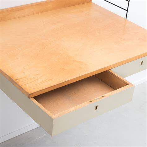 string nisse nisse strinning wall mounted desk b 233 ton brut