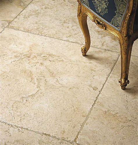 Travertin Fliesen Polieren by Travertin Platten Fliesen Marmor Bodenbelag