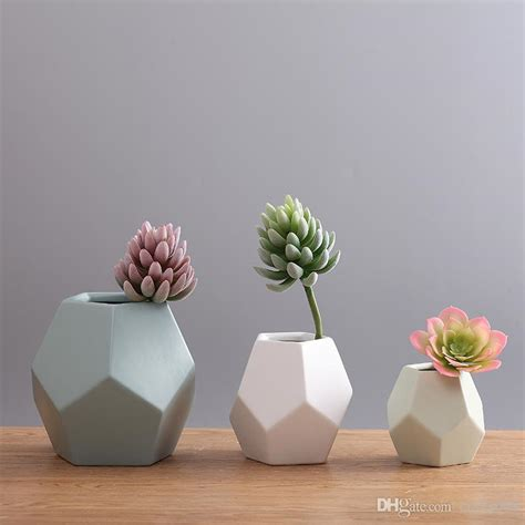 how to decorate flower vase