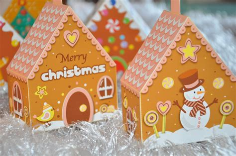 christmas holiday gingerbread house 3d tree ornaments mini