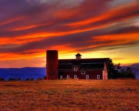 Weaver Barns Country Barn Sunset Amazing Barns Amp Farmhouses Pinterest