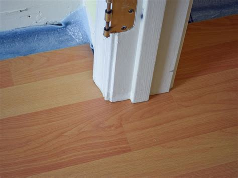 Diy Floor L How To Install A Laminate Floor How Tos Diy