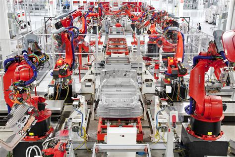 to fremont where tesla will continue to assemble finished vehicles tesla afronta su mayor reto el 233 ctricos para todos sin